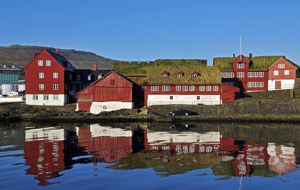 färöer inseln - thorshaven - tinganes
