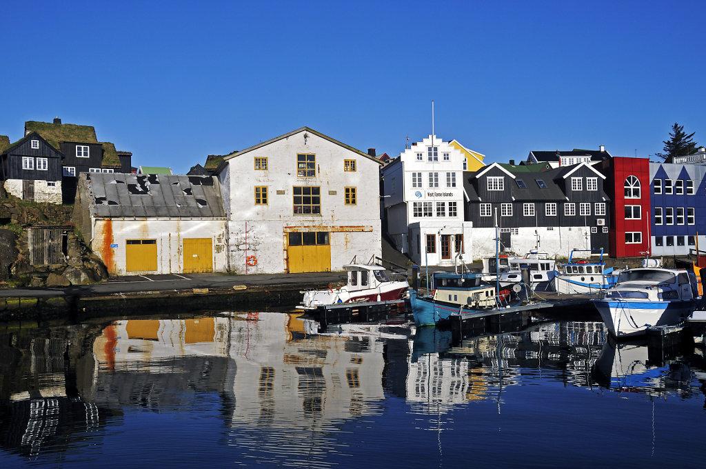 färöer inseln - thorshaven - am hafen
