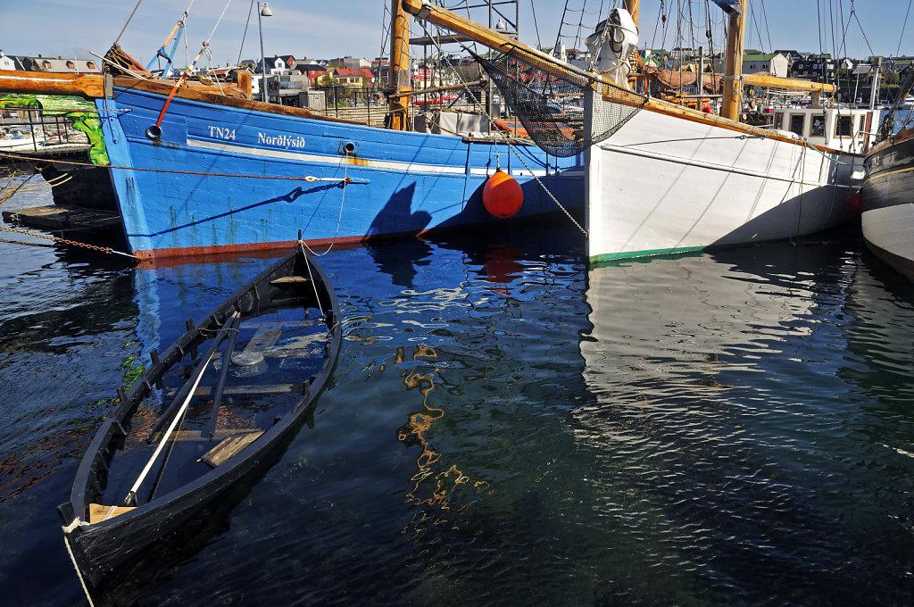 färöer inseln - thorshaven - leckage