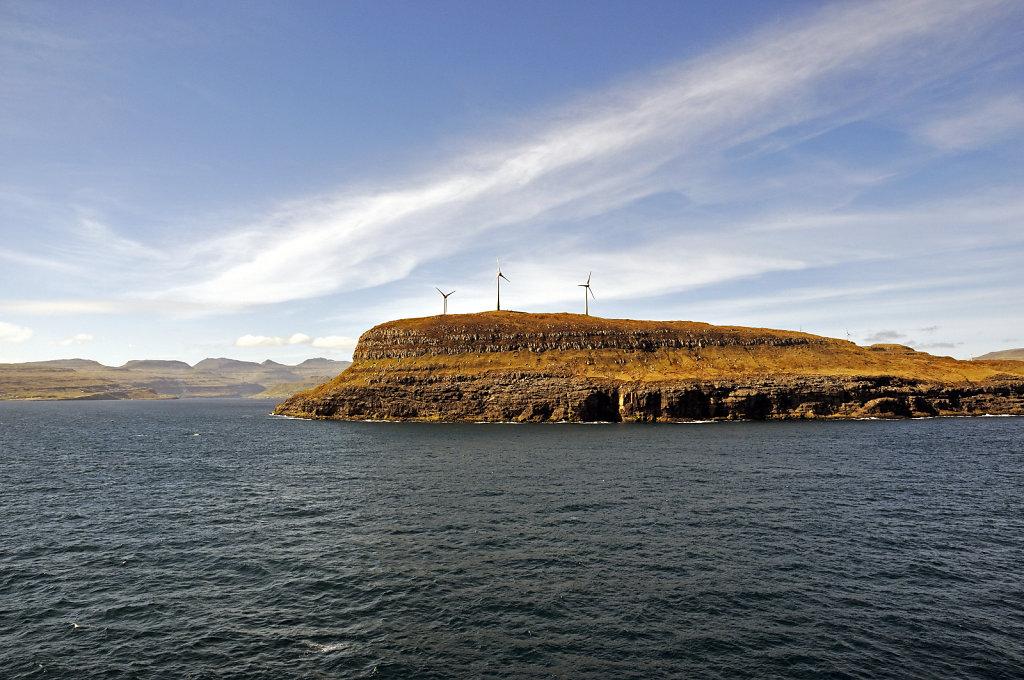 färöer inseln - vom schiff aus - æðuvík