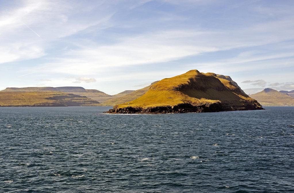 färöer inseln - vom schiff aus - mjóvanes teil 2