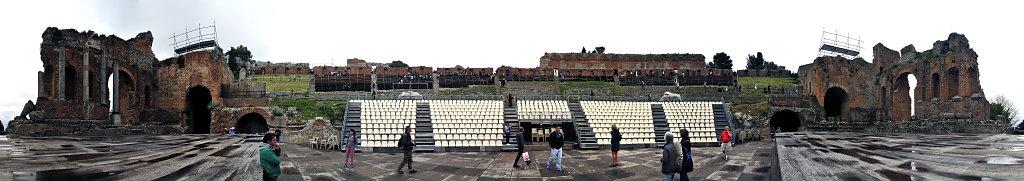 amphittheater - 360° panorama - vor der bühne - version 2- tao