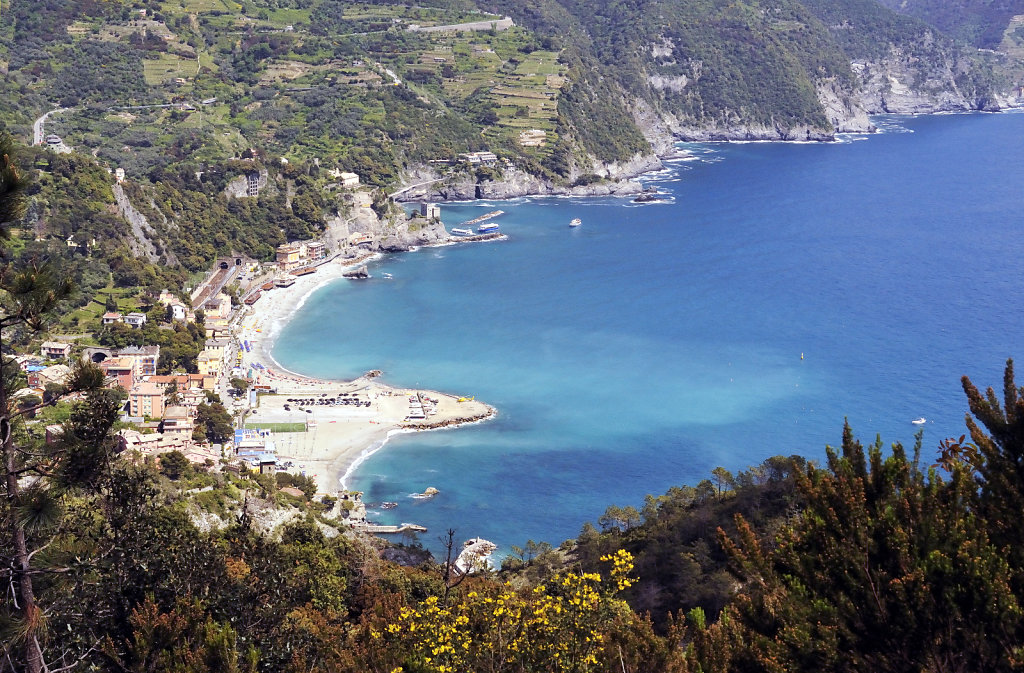 cinque terre – zwischen levanto und monterosso - blick entlang