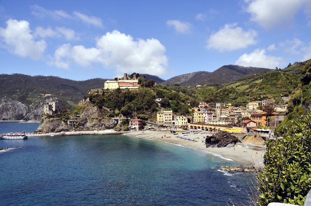 cinque terre - zwischen monterosso und vernazza - die bucht