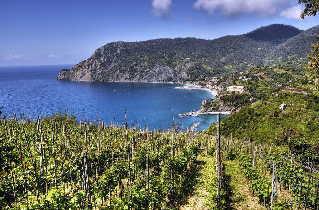 cinque terre - zwischen monterosso und vernazza - die bucht teil