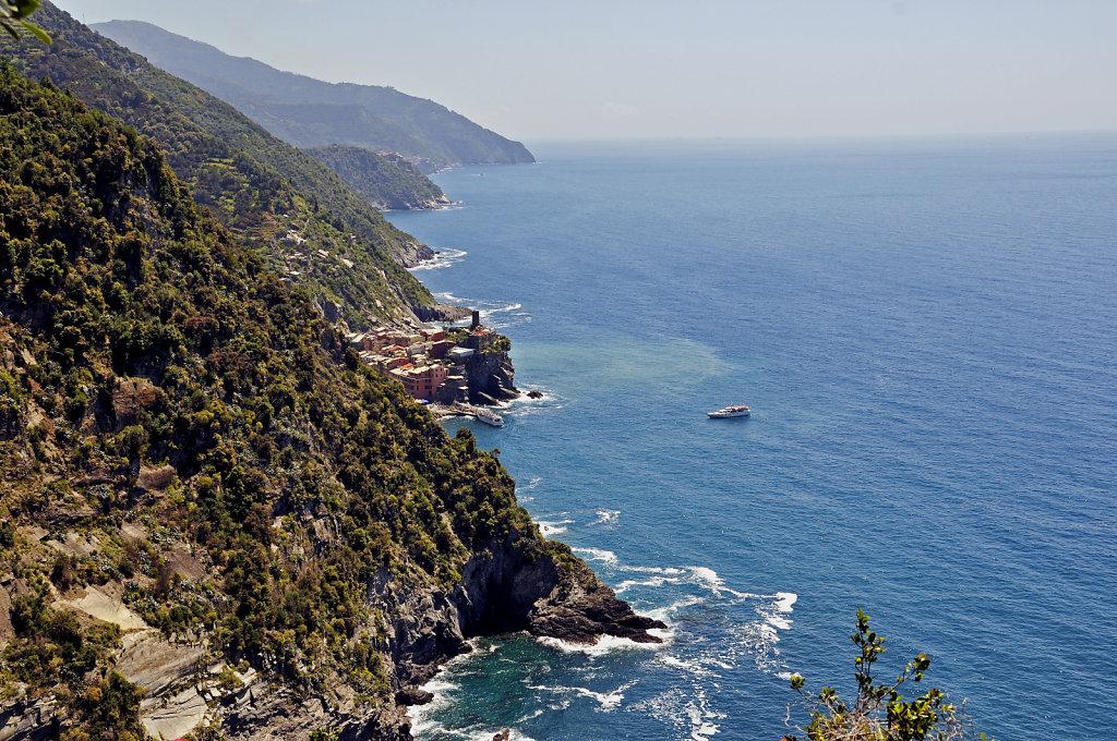 cinque terre - zwischen monterosso und vernazza -  ausblick teil
