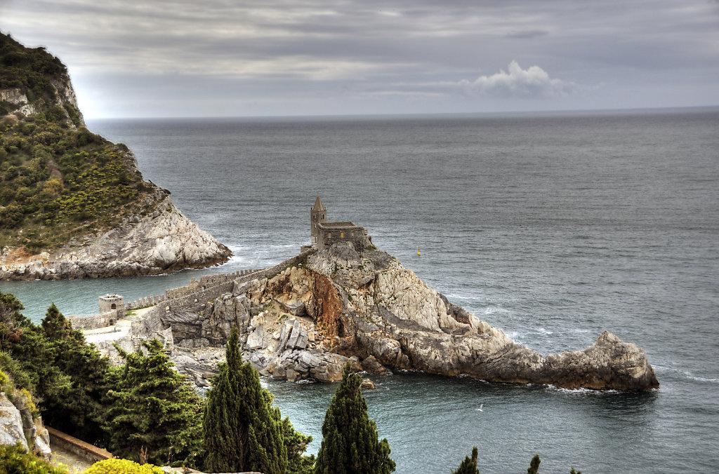 cinque terre -  porto venere - chiesa di san pietro teil 3