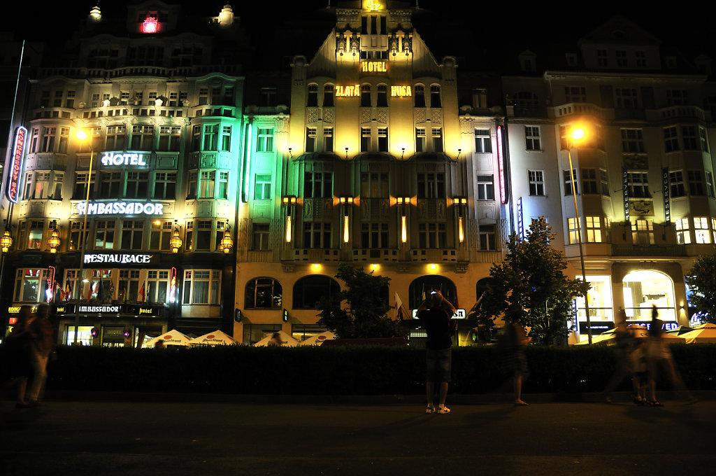 tschechien - prag - night shots - wenzelsplatz teil 9