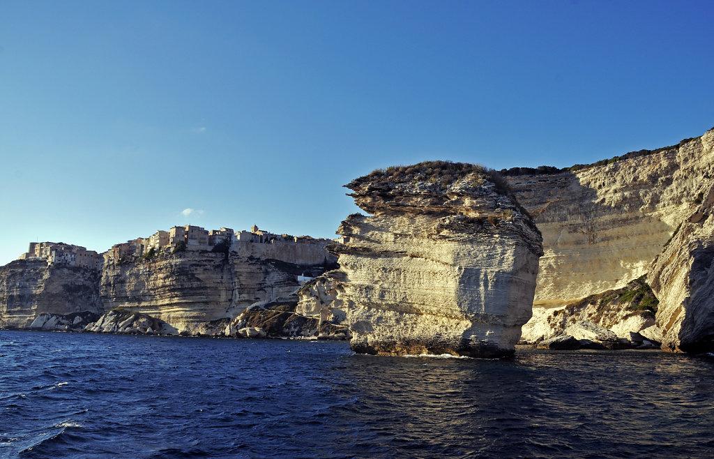 korsika  bonifacio - vom schiff aus - grain de sable