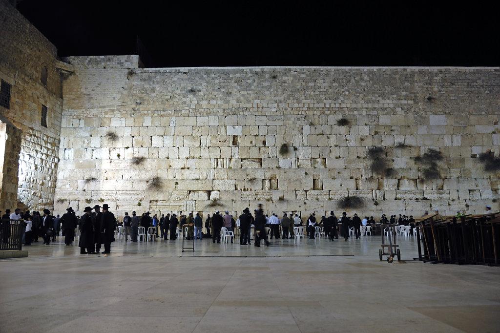 israel – jerusalem - vor der klagemauer nachts