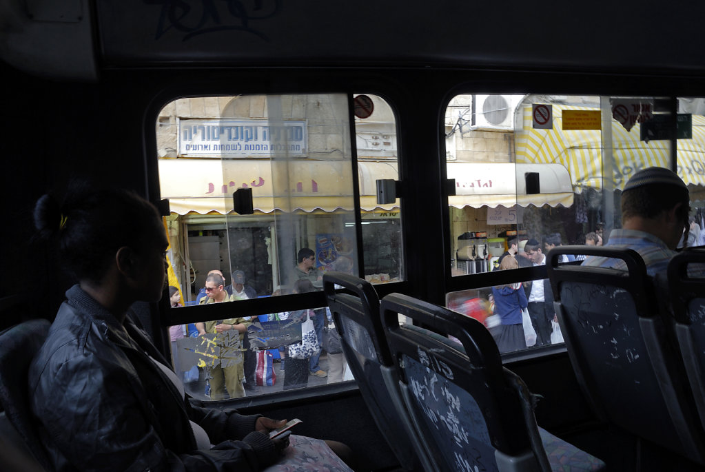 israel – jerusalem - im bus
