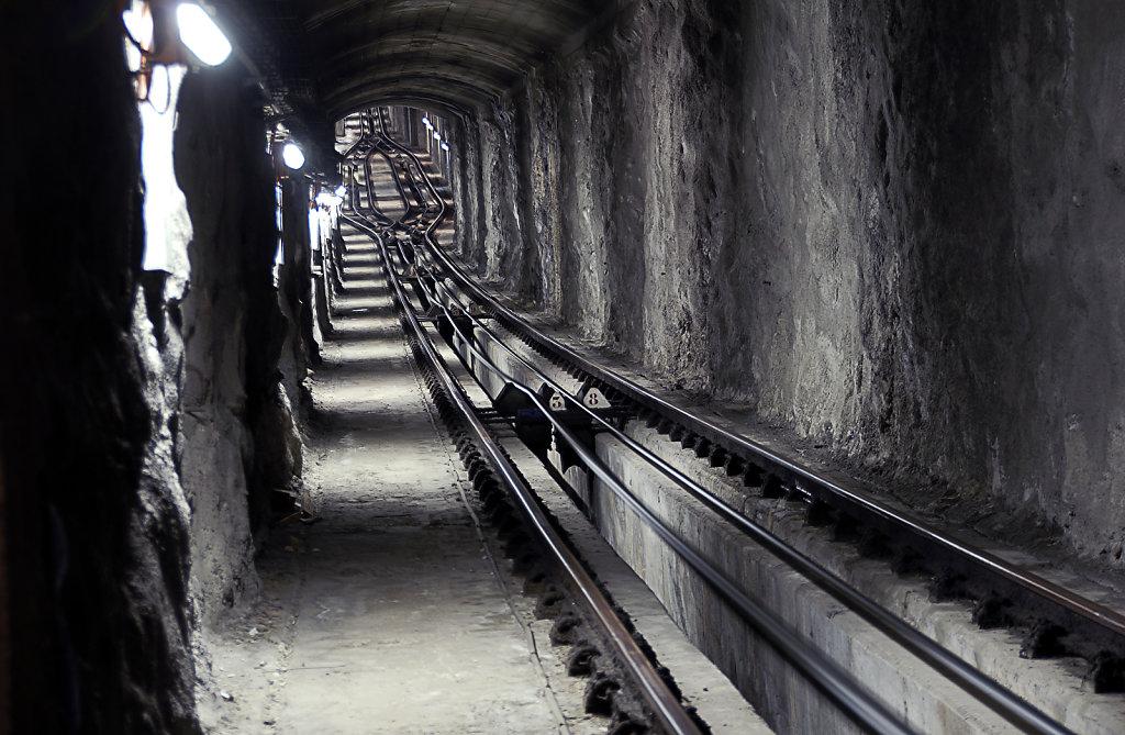 israel – haifa - im tunnel