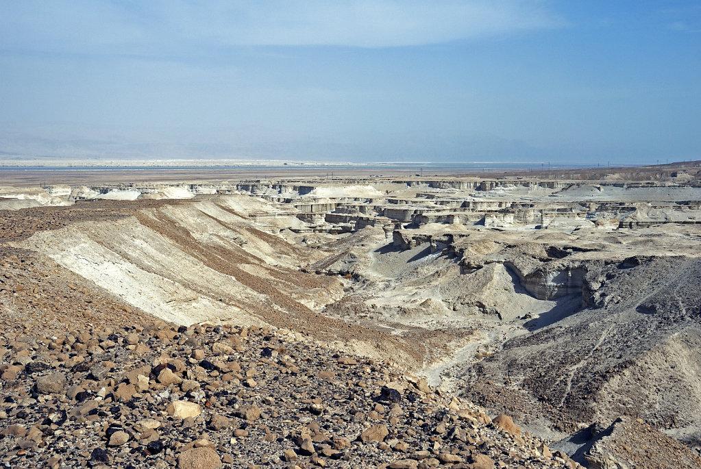 israel- totes meer - masada - wadi