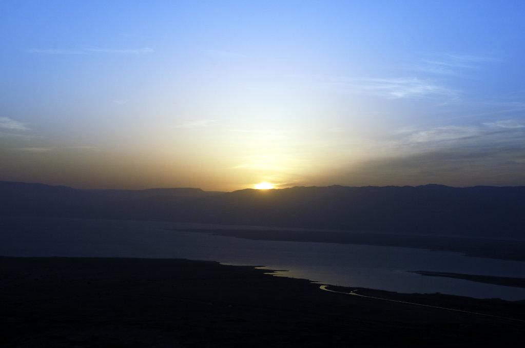 israel- totes meer - masada  - sonnenaufgang