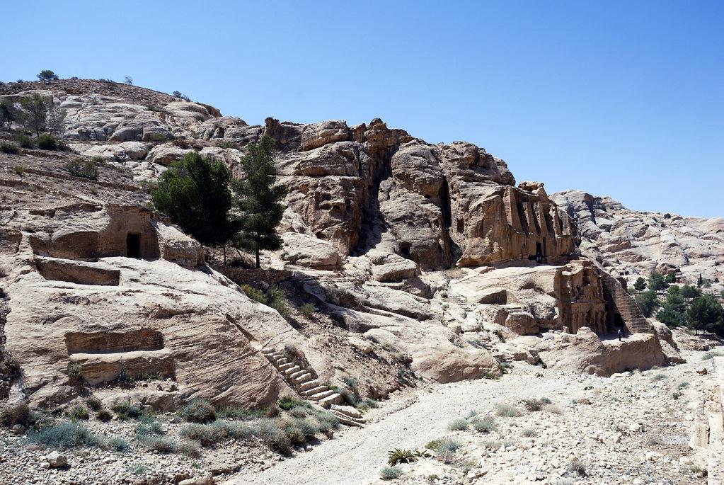 jordanien - petra - – obeliskengrab und bab-es-sik-triklinium