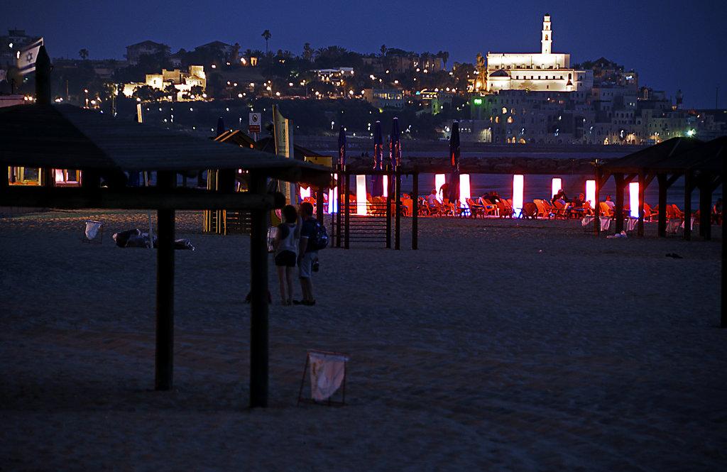 israel – tel aviv - blick auf jaffa nachts