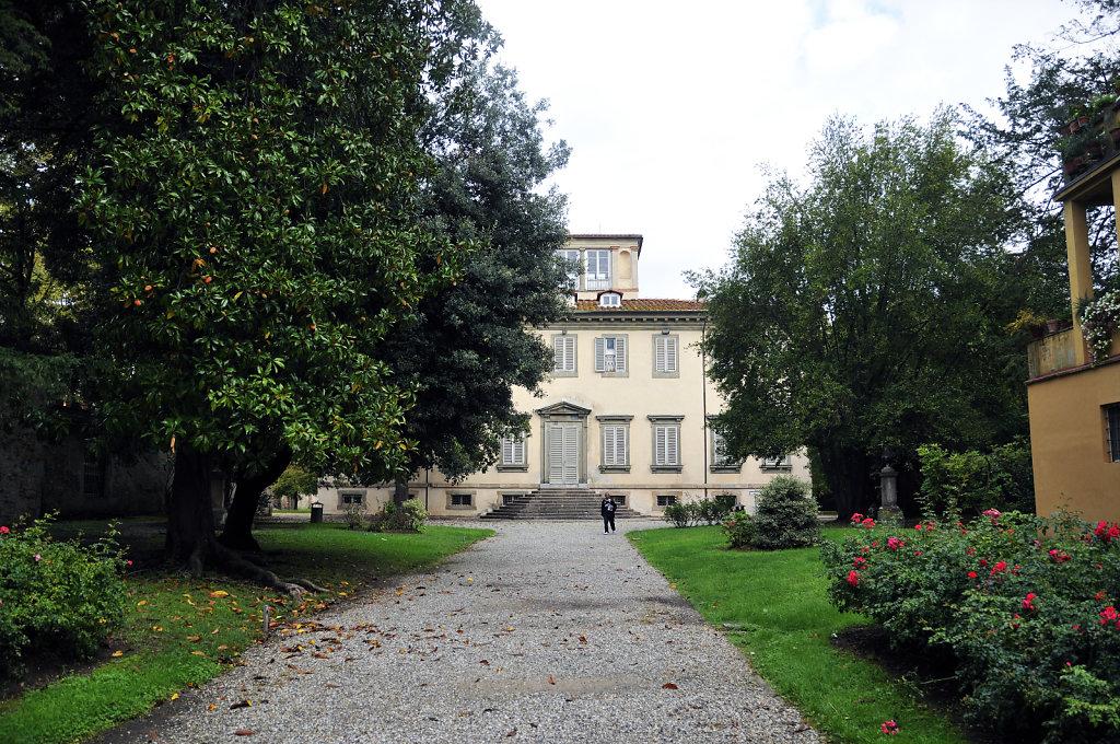 italien- lucca - villa bottini