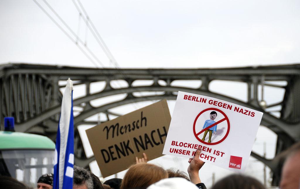 1.mai 2010 - mensch denk nach- berlin gegen nazis