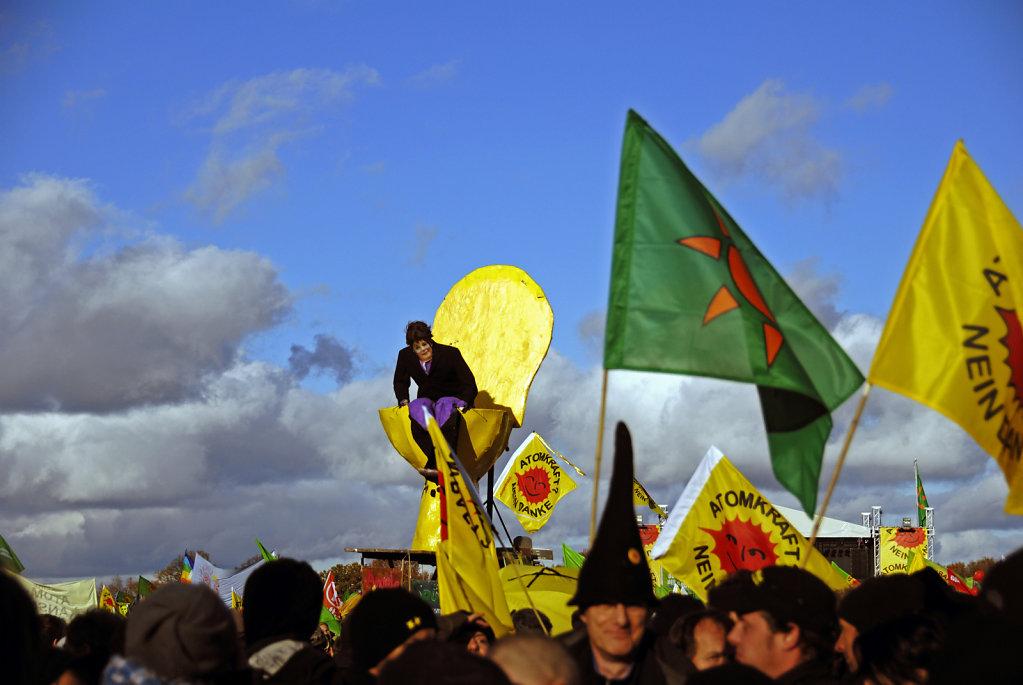 castor november 2010 –  die kundgebung (05)