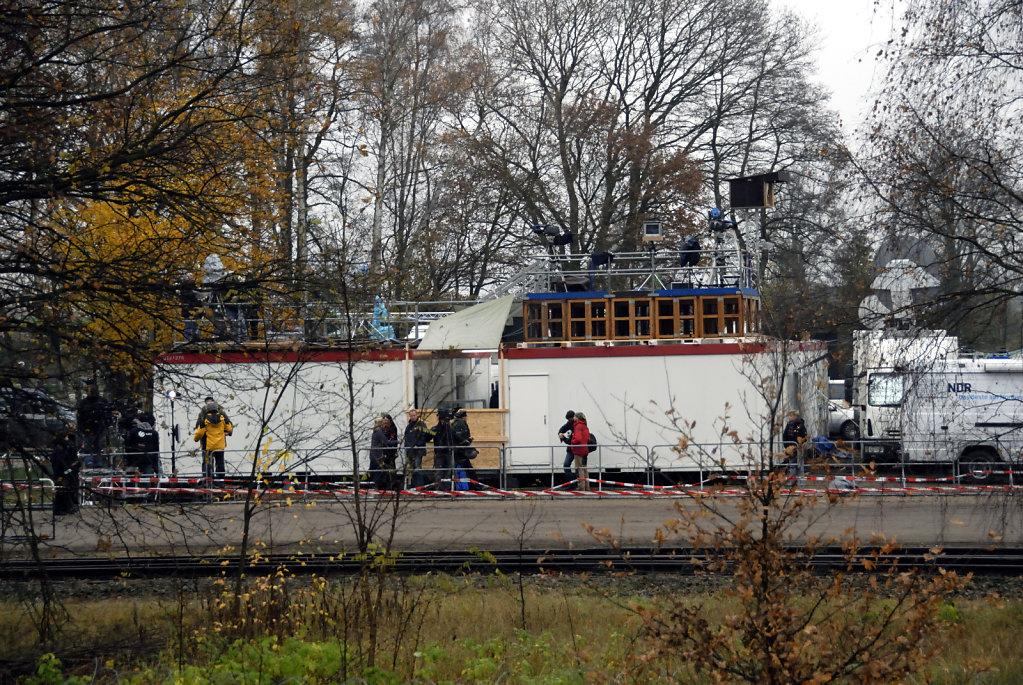 castor november 2010 –   pressetribüne verladebahnhof