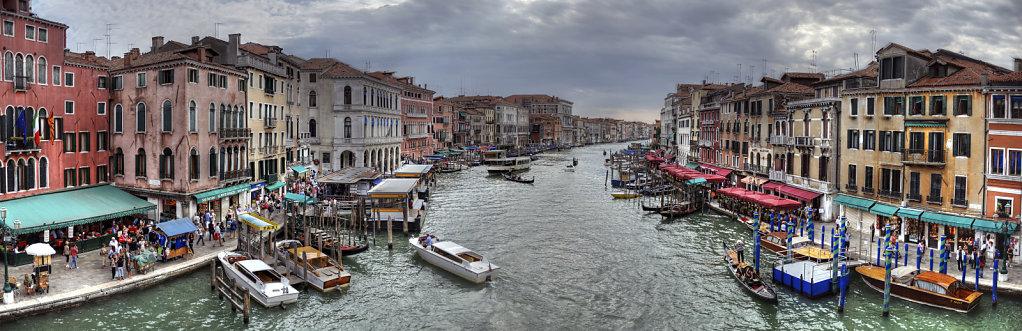 venedig (79) - canal grande - teilpanorama