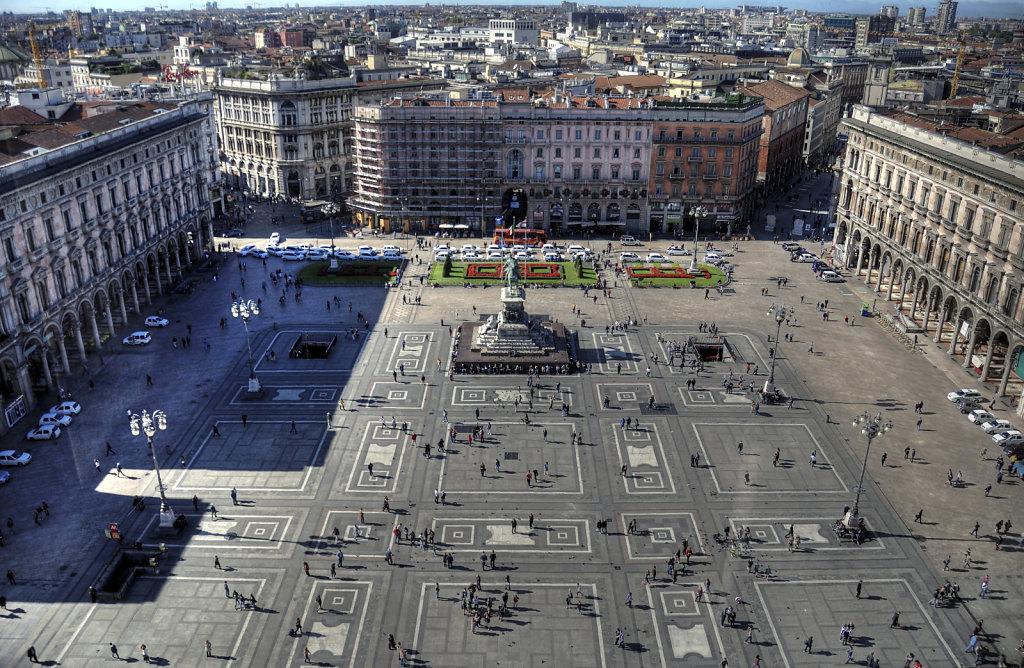 mailand  (17) - piazza del duomo / domplatz (03)