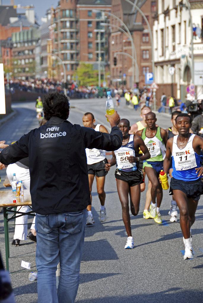 hamburg marathon 2009 – kilometer 10 - die spitzengruppe