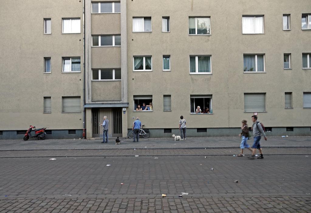 1.mai 2009 - mariannenstraße - auf der anderenseite...