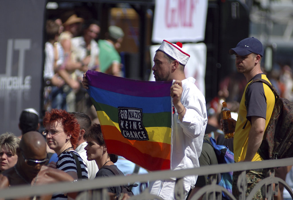 berlin csd 2006 -  gib nazis keine chance