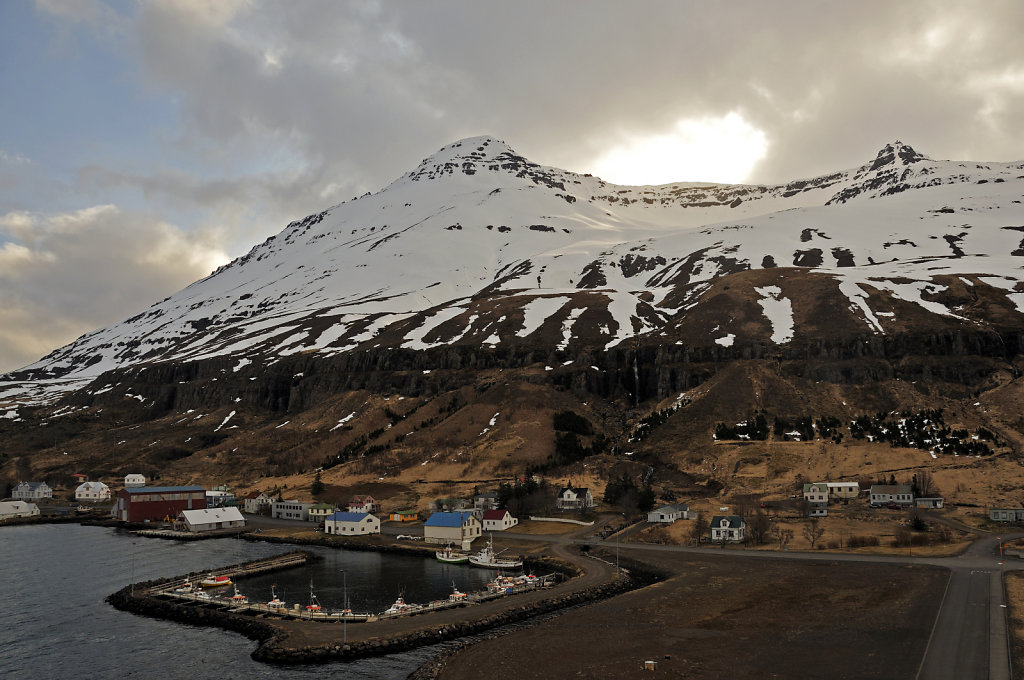 island – seydisfjördur (23) – der ort vom schiff aus teil 4