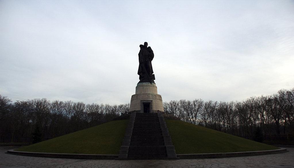 berlin - treptow - sowjetisches ehrenmal (5)