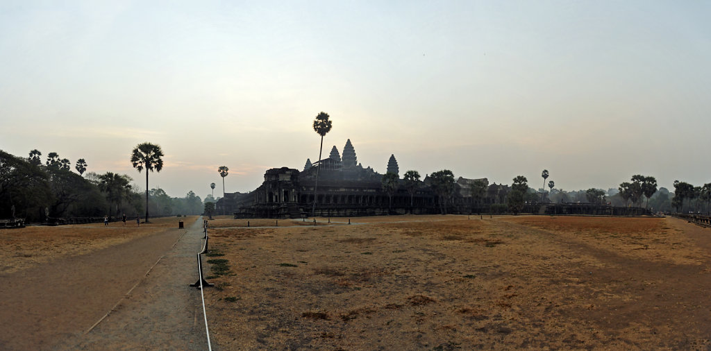 kambodscha - tempel von angkor - angkor wat (06) - teilpanorama
