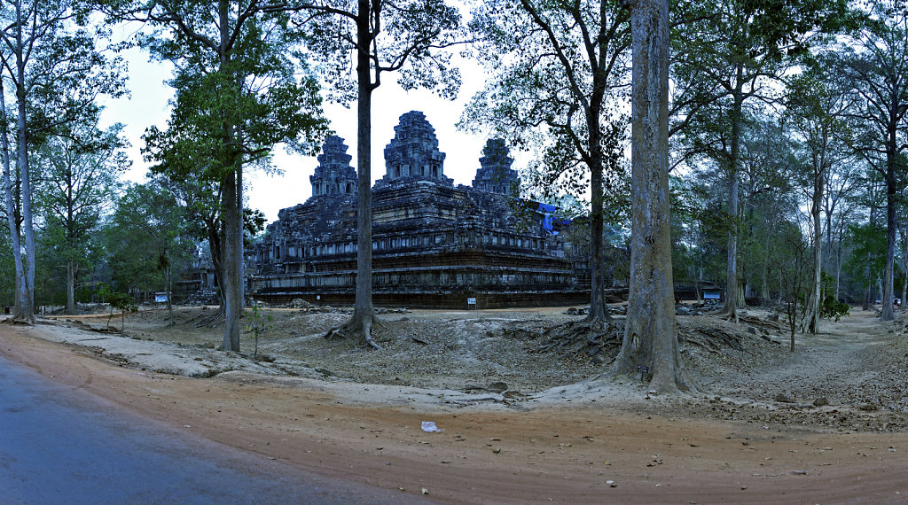kambodscha - tempel von anghor - ta keo (21) - teilpanorama teil
