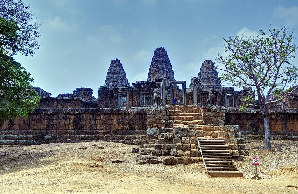 kambodscha - tempel von anghor - östlicher mebon (16)